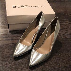 NWT BCBG Pointed Toe Heels